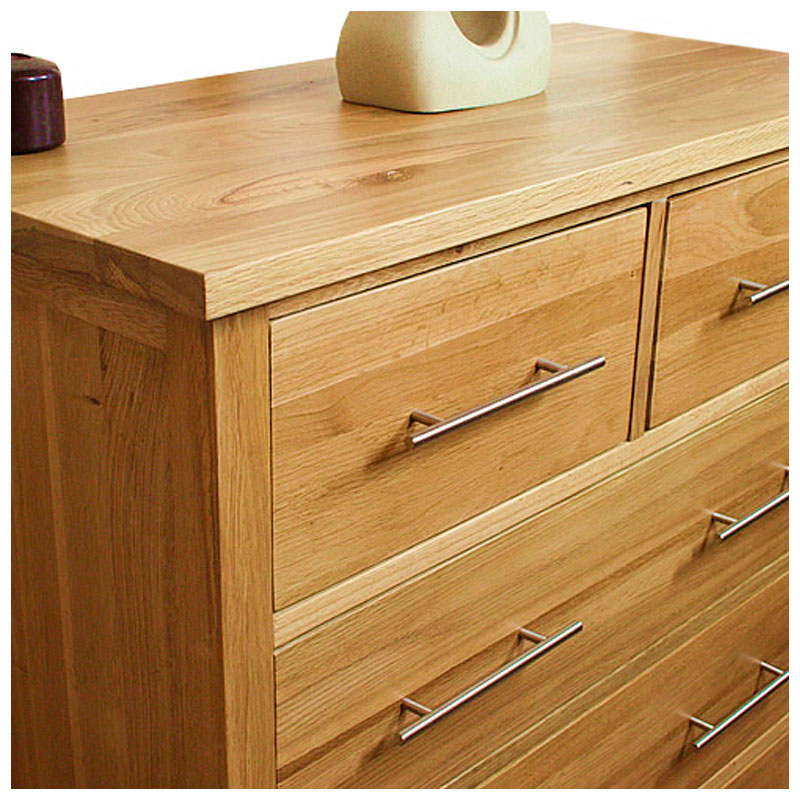 Solid oak chest of drawers 2 over 3 light oak bedroom for Light oak bedroom furniture